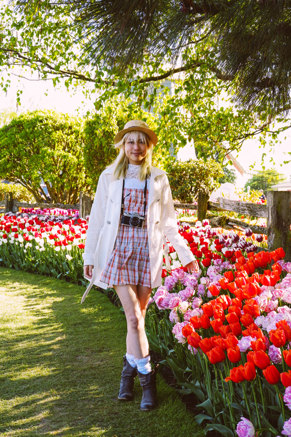 fashion blogger at a tulip field