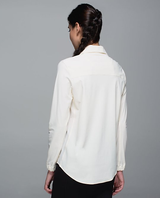 lululemon day trip blouse