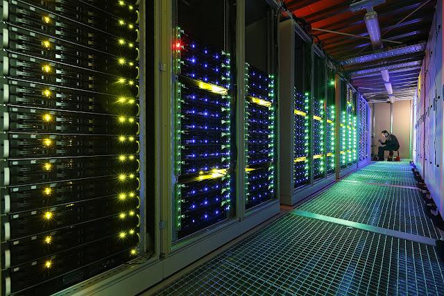 قريبا أكبر وأغلى جهاز في العالم.. حاسوب كمومي بحجم ملعب لكرة القدم!