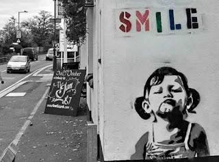La vera identità di Banksy stencil