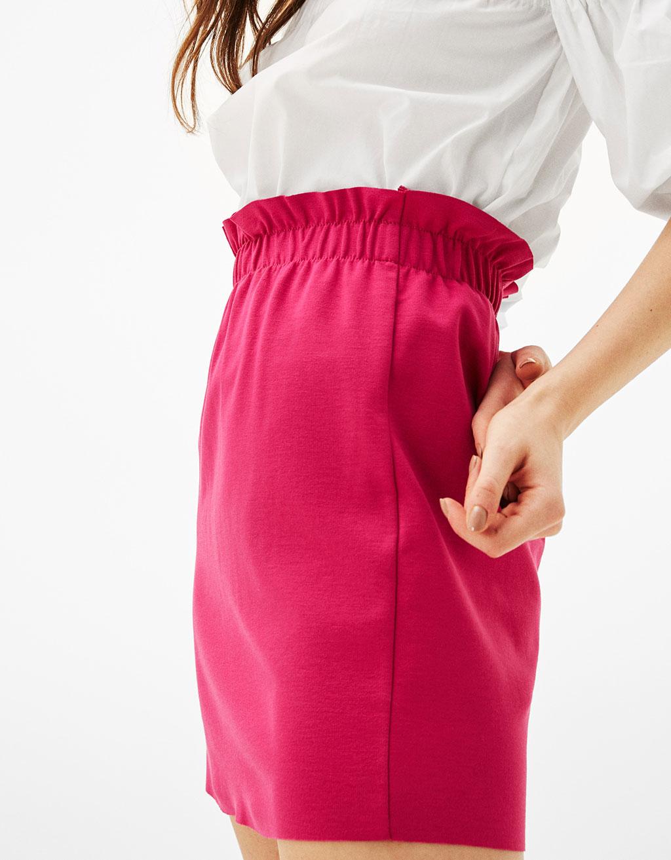 krótka fuksjowa spódniczka Bershka, spódnica na lato, co kupić na lato, blog modowy, porady modowe