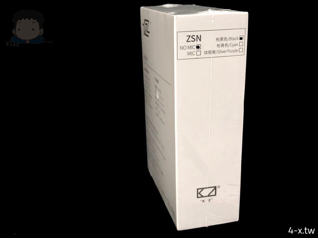 KZ ZSN 耳機外包裝 側面