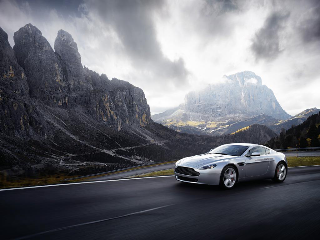 Aston Martin HD Wallpapers