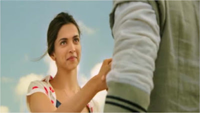 lovely-smile-of-deepika-tamasha-movie
