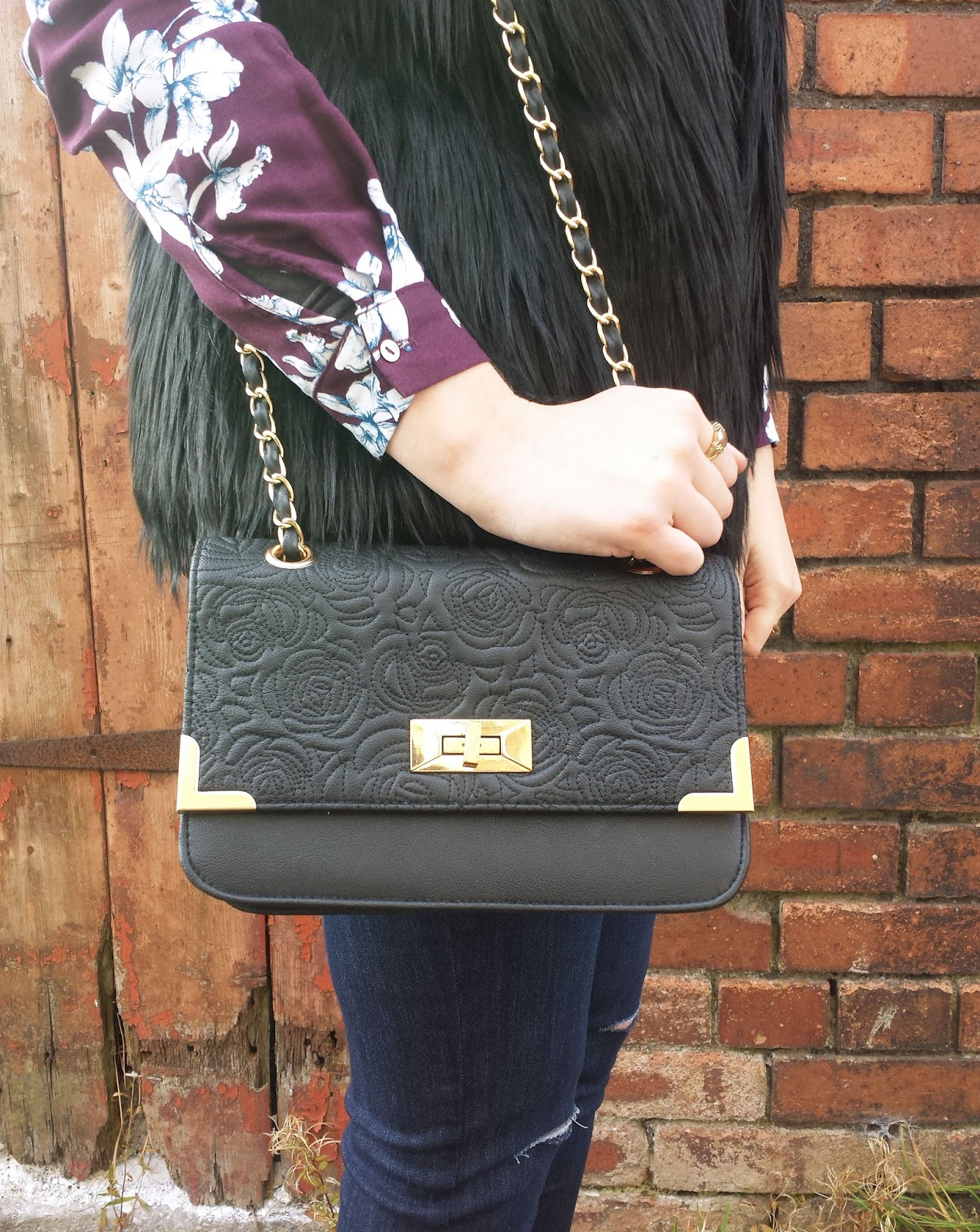 Black Rose Quilted Bag New Look