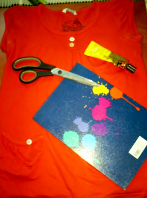 DIY: Bow back top - Renovate your old shirts!