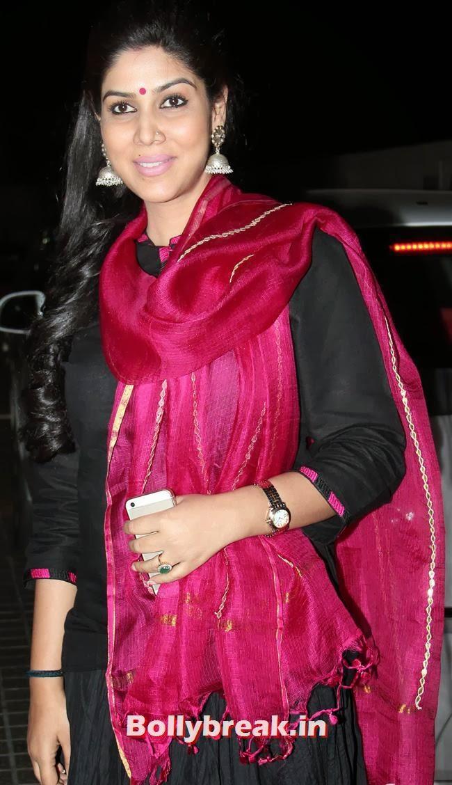 Sakshi Tanwar, Gulaab Gang Movie Premiere Pics