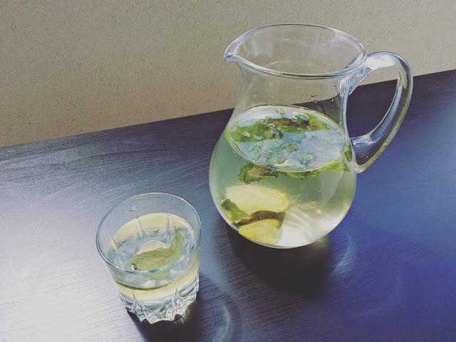 Zrób sobie wodę smakową!