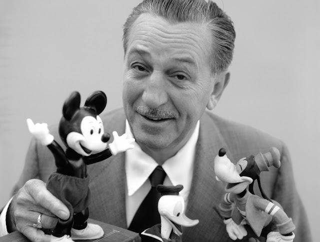 Mengenal Kisah Sukses Walt Disney ~ Bapak Animasi dan Pendiri Disneyland