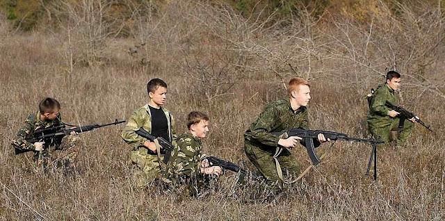 Treino de crianças soldado