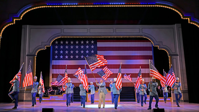 BWW Review: MTW Gives Regards to YANKEE DOODLE DANDY