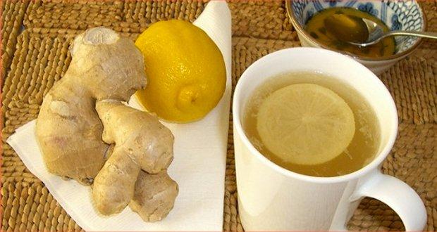 Le thé avec koritsej pour pokhoudeniya avec le miel