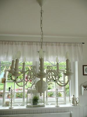 katrins landleben kronleuchter gardinen alte fenstergriffe. Black Bedroom Furniture Sets. Home Design Ideas