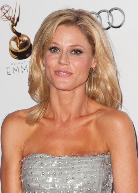 Julie Bowen Latest Hot Beautiful Photo Stills  World -3383