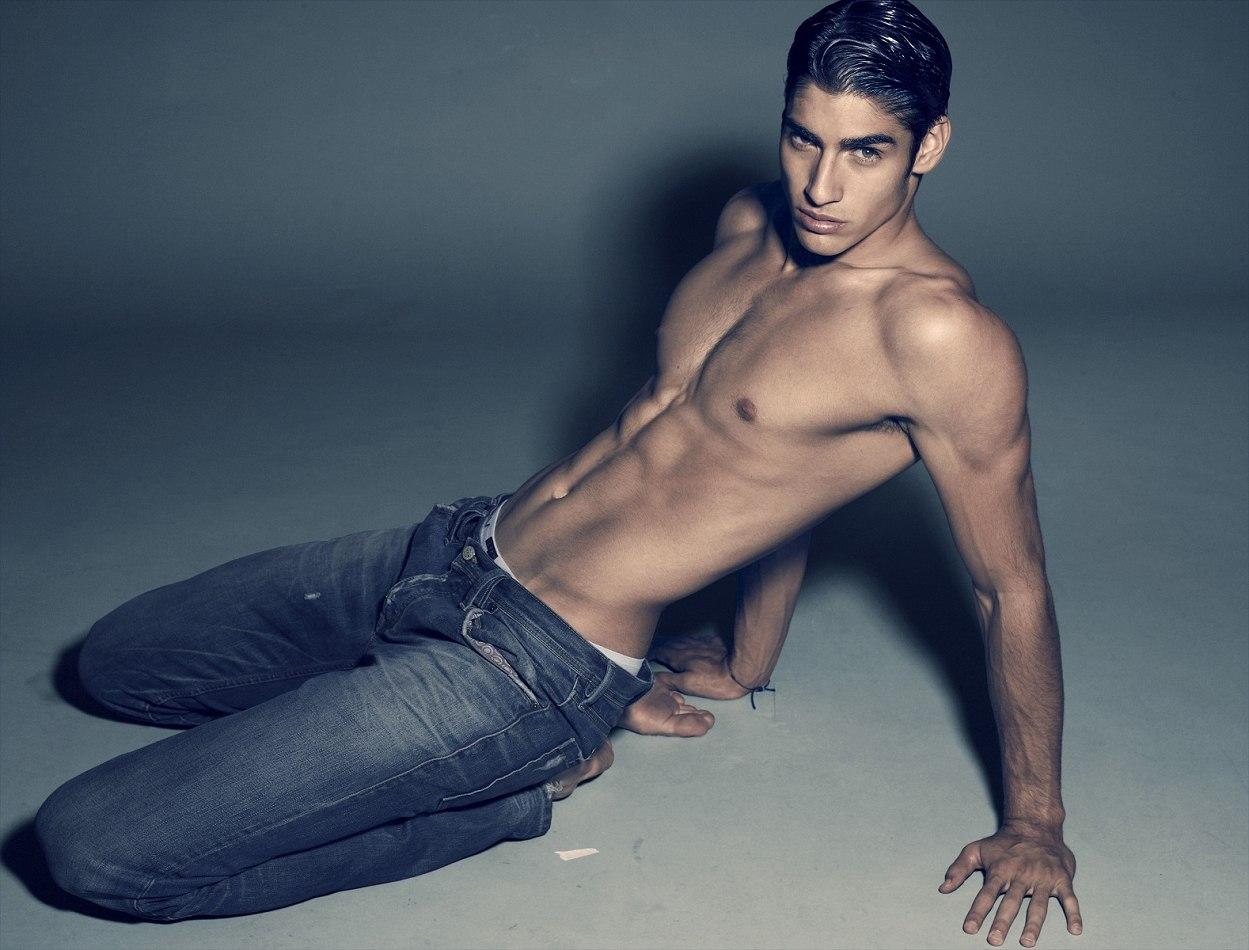 Colombian Men Nude
