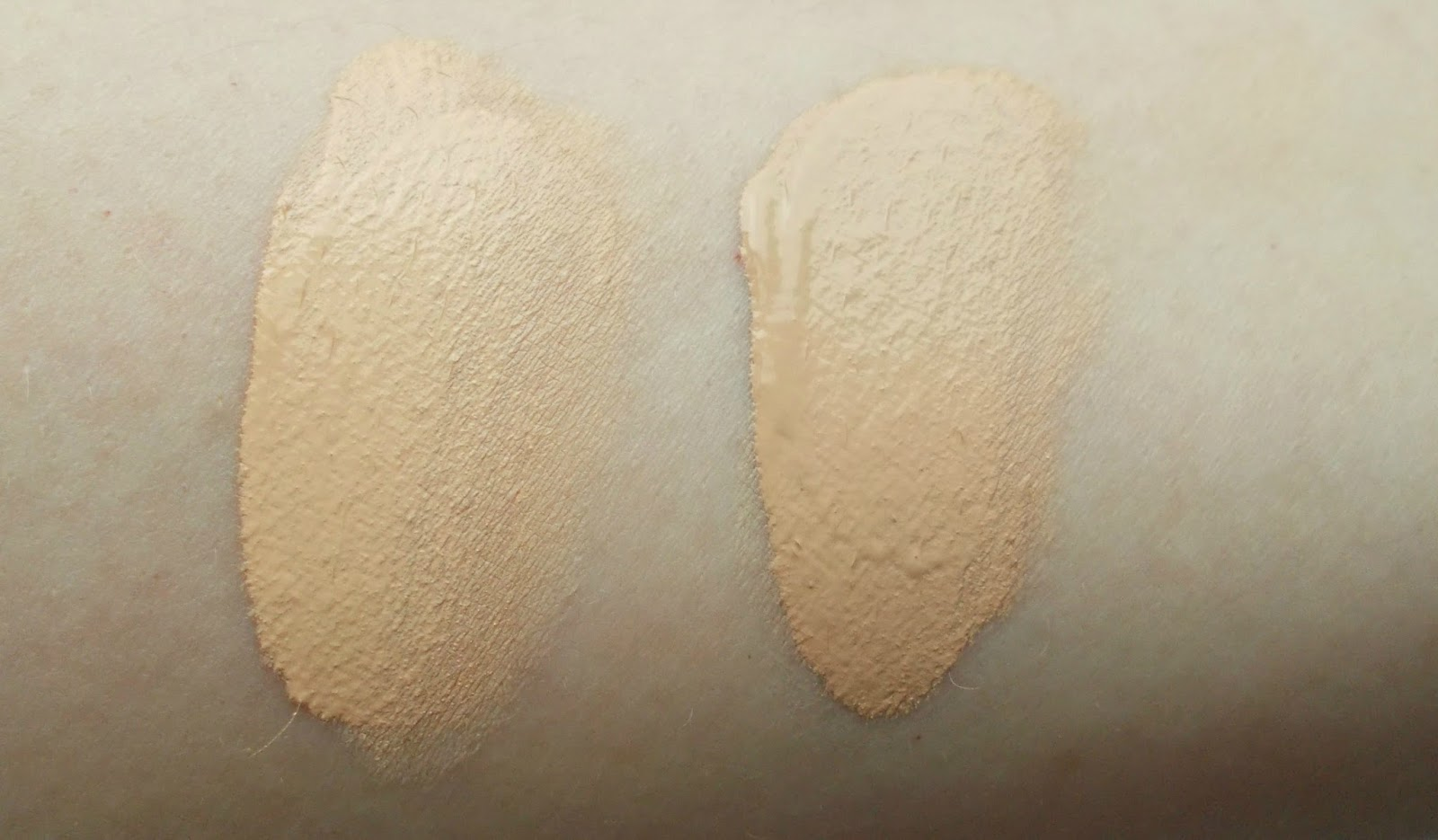 Vichy Dermablend 05 Porcelain 15 Opal foundation swatches
