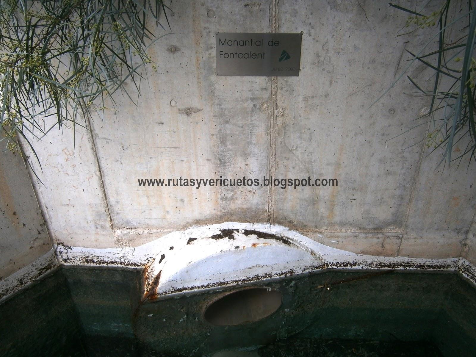 Salida del agua del manantial de Font-Calent