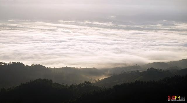 Sea of Clouds at Kalonbarak Skyline Ridge in Malungon