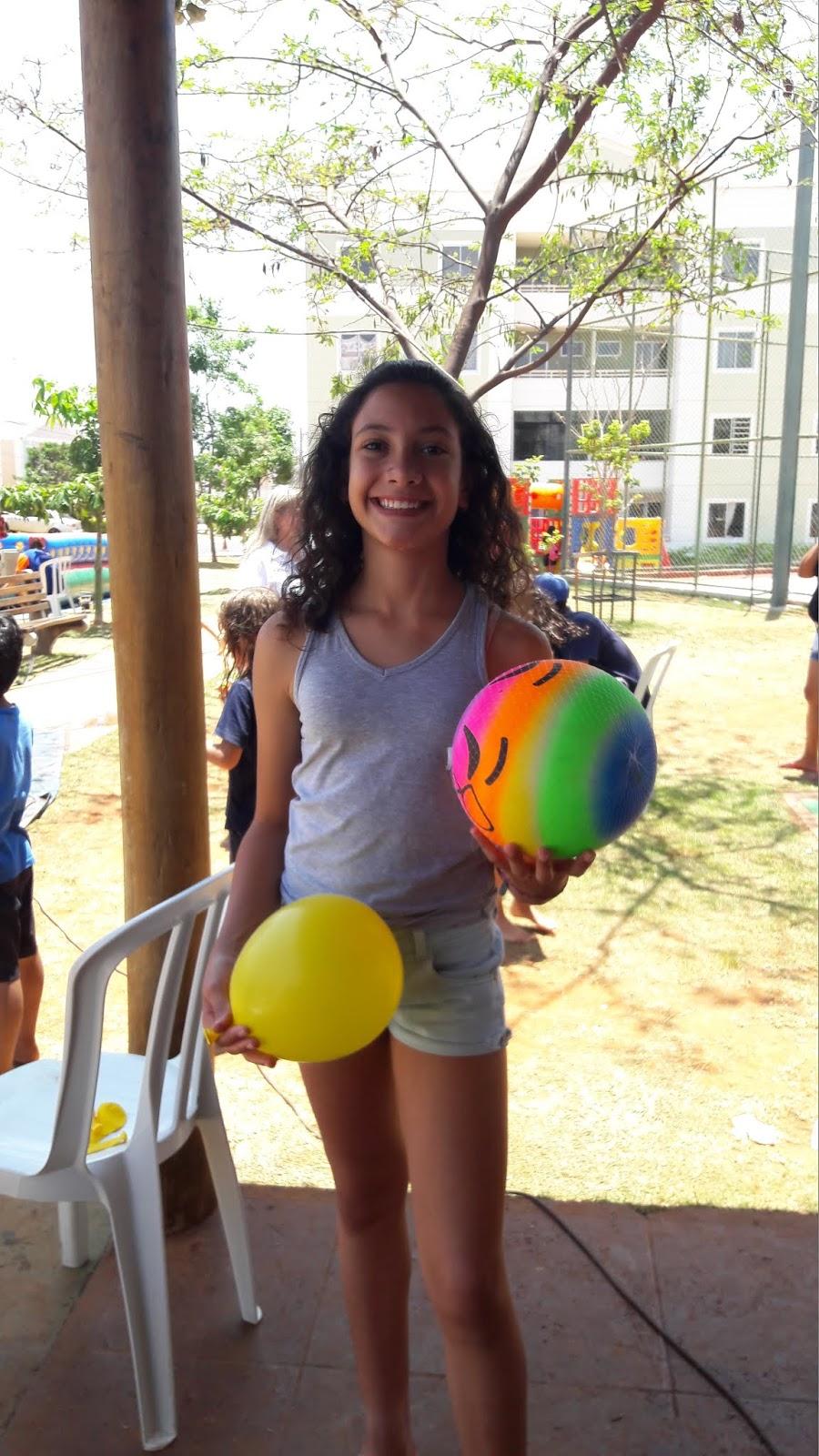 20181012 113103 - 12 de outubro teve festa para as crianças no Jardins Mangueiral