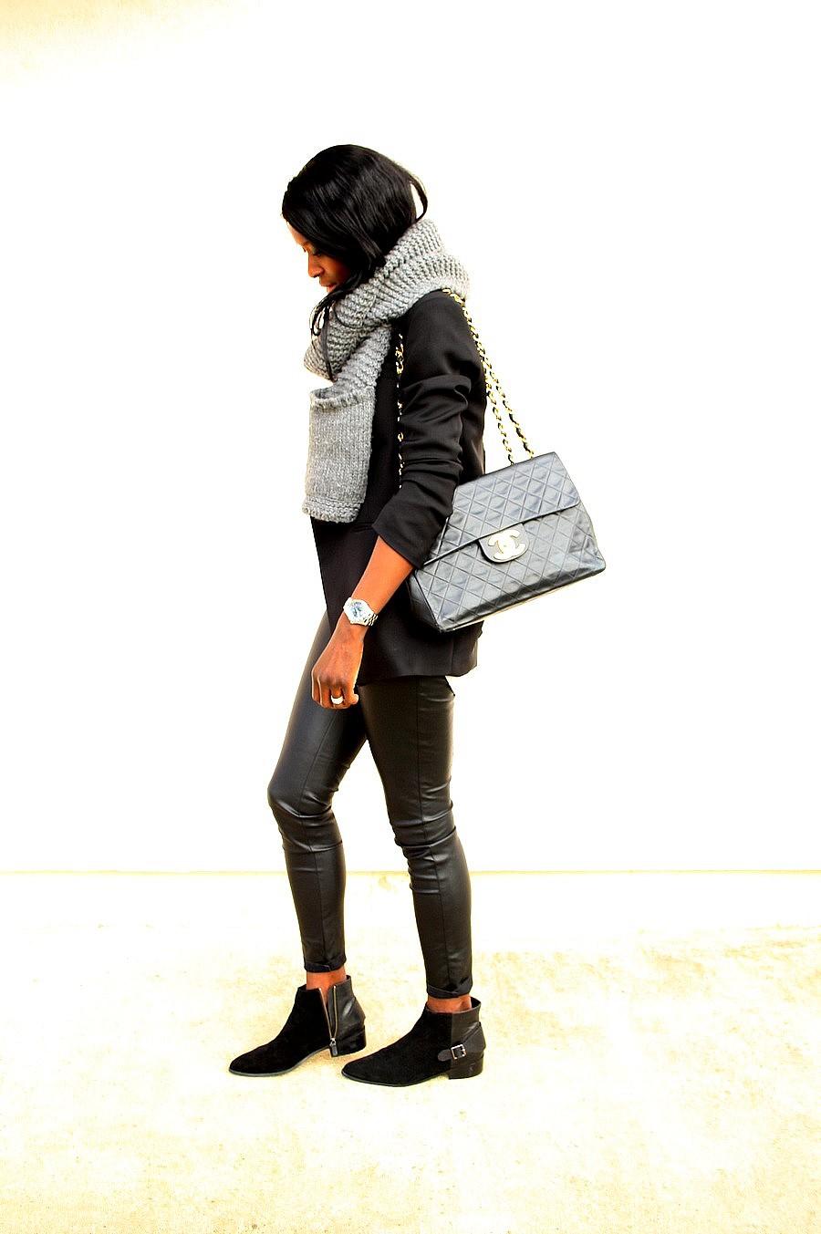 Chanel-maxi-jumbo-vintage-pantalon-cuir-boots-chelsea-blazer-smocking-maxi-echarpe