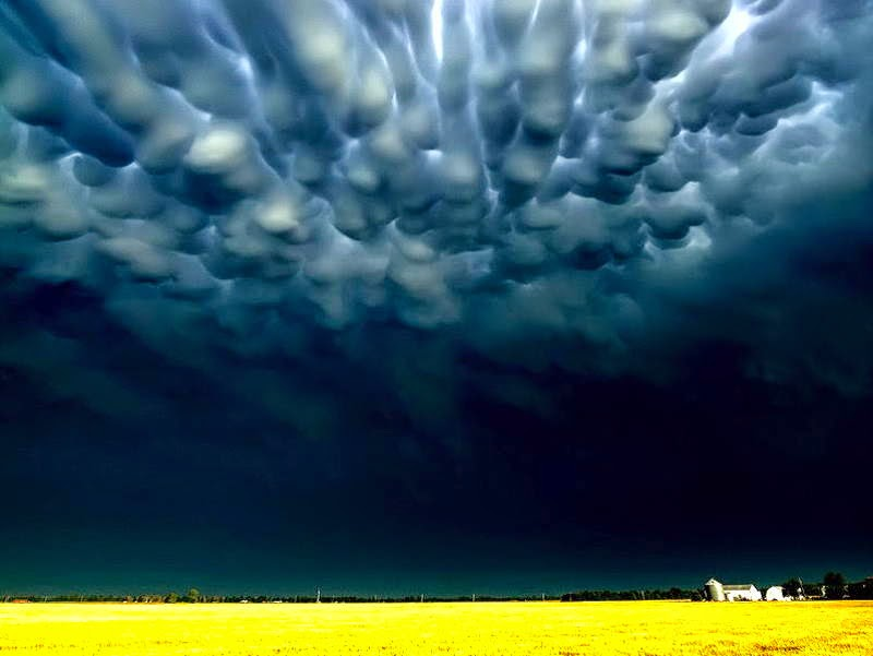 Mike Hollingshead - The World's Best Storm Chaser Photography