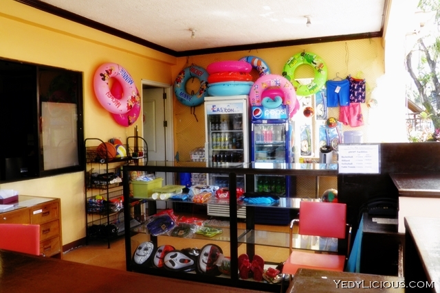 Store at Luisa Ridge