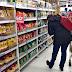 El Gobierno prevé inflación de 1,5% en agosto, sin traslado a precios de la suba del dólar (La Nación)