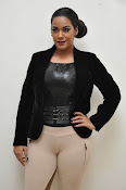 Mumaith Khan latest sizzling photos-thumbnail-14