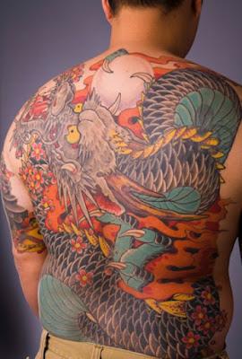 gambar tatto naga full di punggung