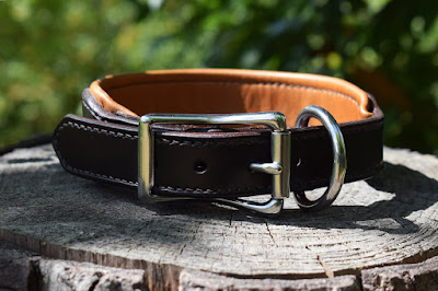 Padded collar for size M dogs hand stitched and custom made in Italy, many options available