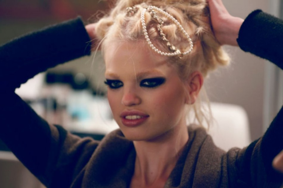 Backstage: Chanel 'Paris Bombay', Fall / Winter 2012