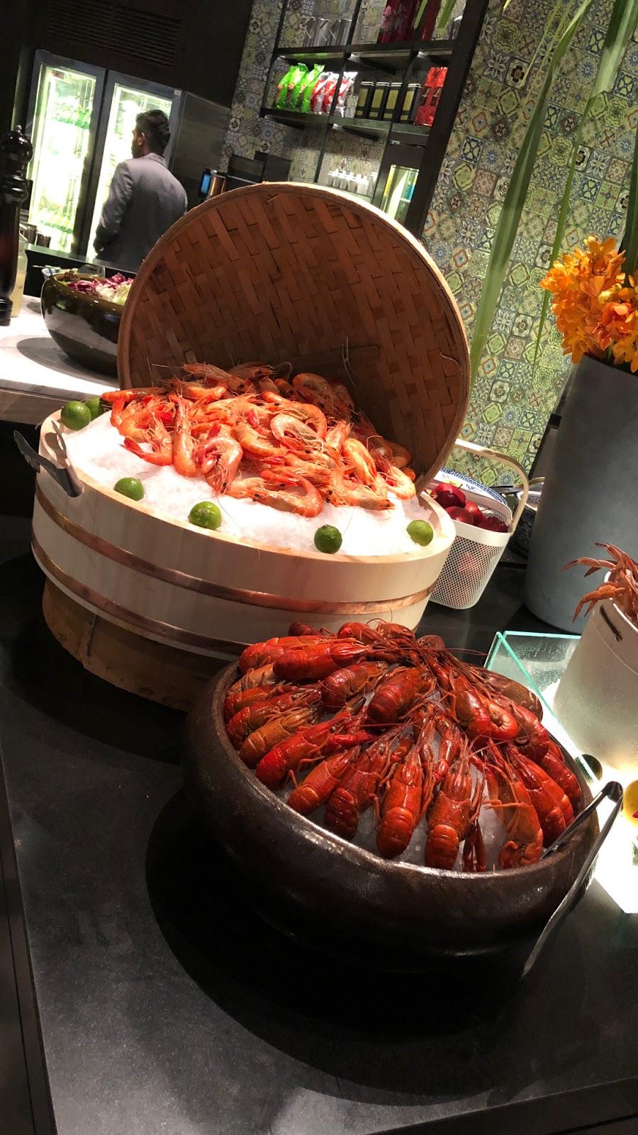 New World Petaling Jaya Hotel presents an Exquisite