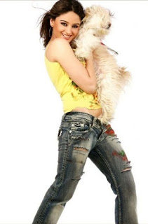 Mahhi Vij And Little White Dog