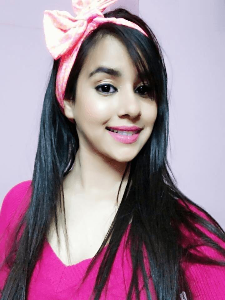 Sunanda Sharma Punjabi Singer HD Wallpaper Pictures Images
