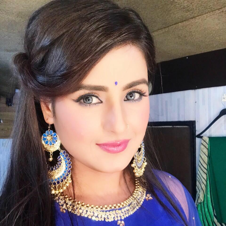 Akanksha Awasthi Wiki, Biography, Filmography, Height, Age, Family, Husband, HD Wallpaper, Upcoming Movies List