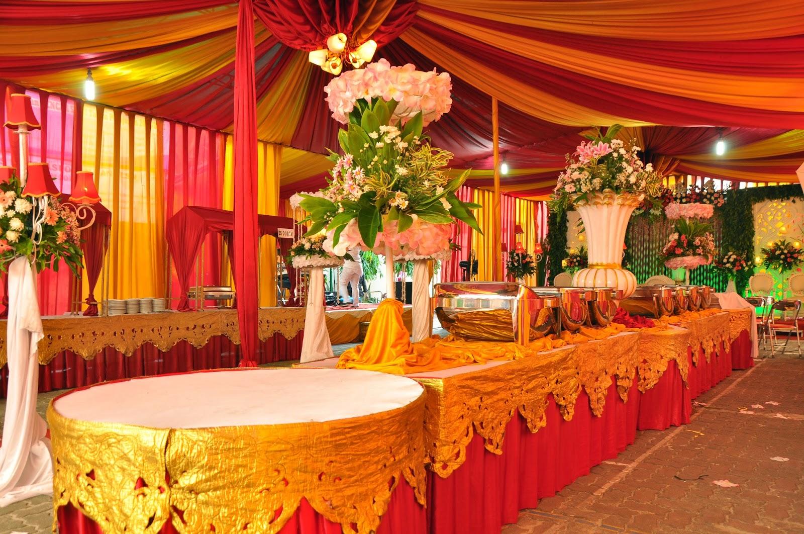 Dekorasi pelaminan dan tenda di rumah primera wedding wedding dekorasi meja buffet junglespirit Choice Image