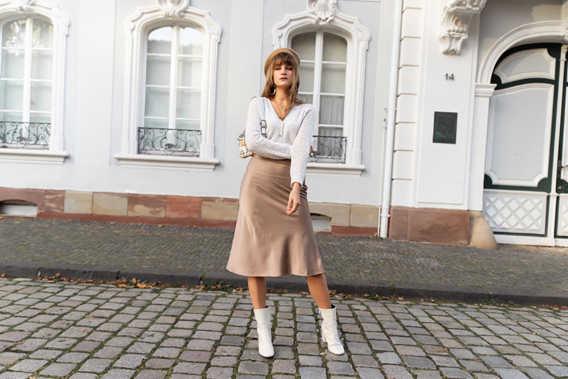 beige outfit idea neutral trends
