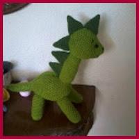 Dinosaurio cuello largo amigurumi
