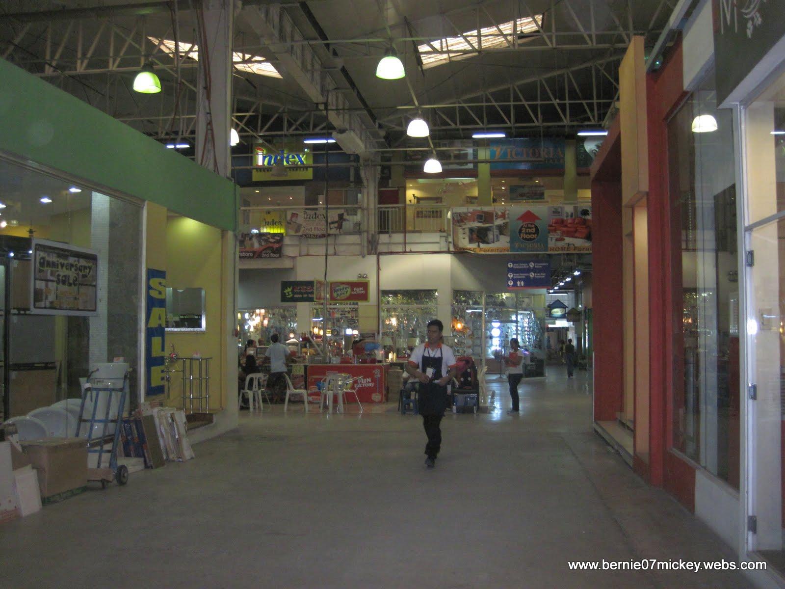 F1 Digital Scrapaholic: Visit at Home Depot Ortigas + Next ...