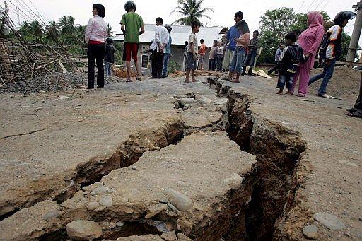 terremotos gêmeos, ocorridos próximos à ilha de Sumatra