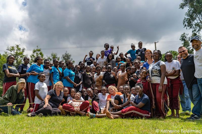 Group Photo at Uhuru Academy Volunteering in Kenya with Freedom Global