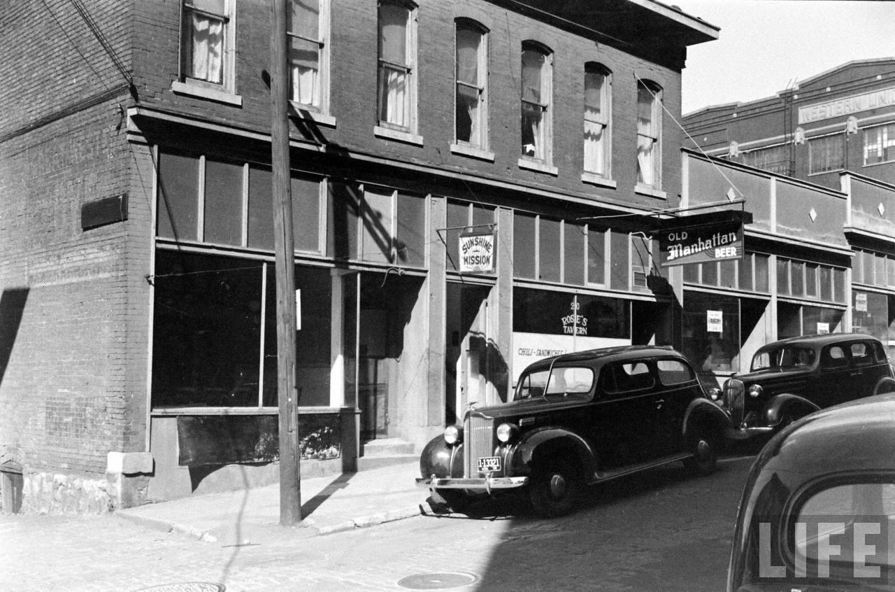 Amazing vintage photos of kansas city in the late 1930s for Manhattan motors manhattan ks