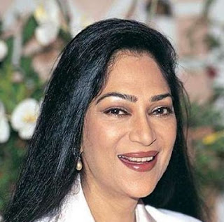 Simi Garewal Family Husband Son Daughter Father Mother Marriage Photos Biography Profile.
