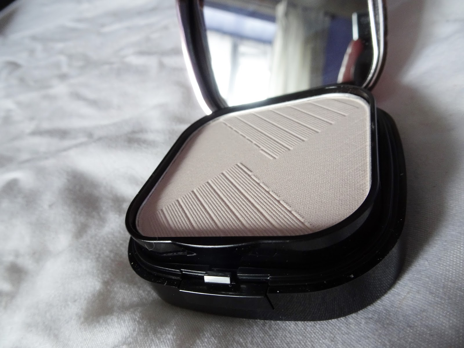 MUA Strobe and Glow review
