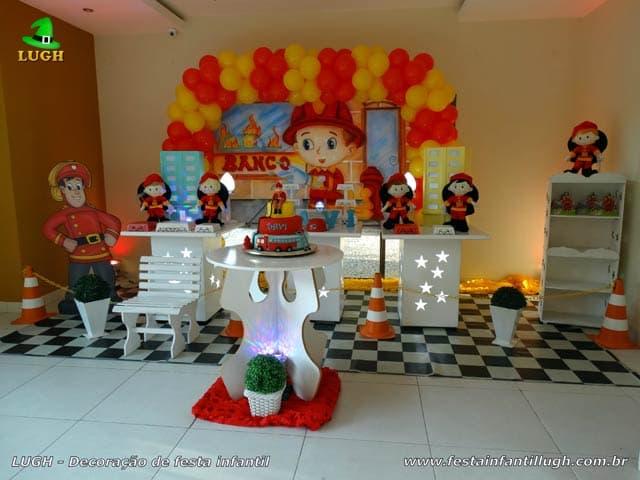Decoração tema Bombeiros para festa de aniversário infantil - Barra-RJ