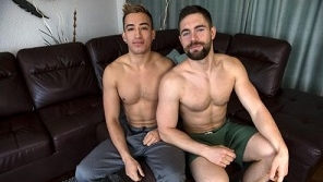 Griffin's New Playtoy – Griffin Barrows & Karson Ambrose (Bareback)