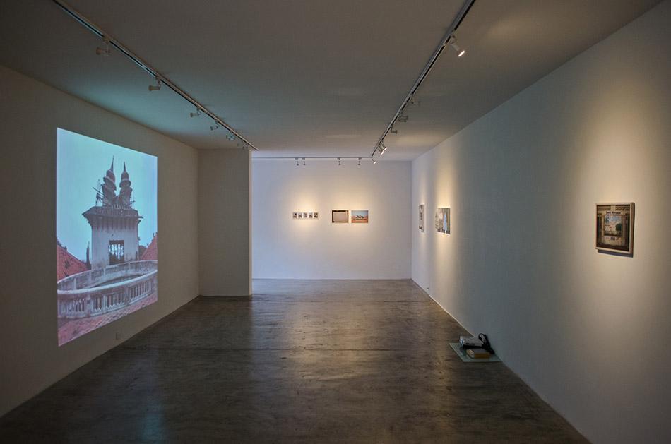 video y fotografías del hotel miramar en la exposición tropical moderno