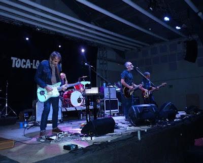 """Con los Surfin' Bichos - 25 aniversario de """"Hermanos Carnales"""" (Crónica concierto Rockódromo de Pedreguer 4"""