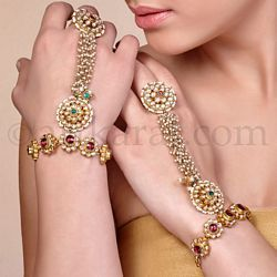 bracelet rings, hathphool, hathfool, hand accessories, hand jewelry, beautiful jewelry pieces, latest jewelry trends, ring, brecelets bridal jewelry