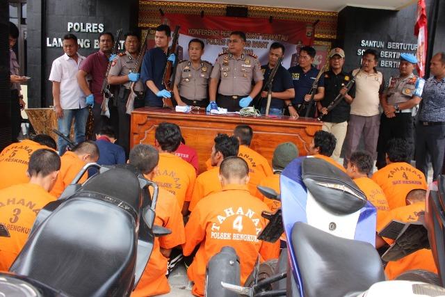 Operasi Sikat, Polres Lambar Amankan 17 Orang Penjahat